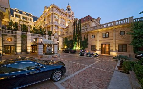 """LIFE IN MONACO""..... EXTREME LUXURY"