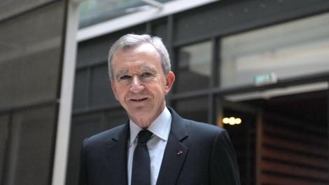 bernard-arnault-o-homem-mais-rico-da-franca-e-diretor-executivo-do-grupo-de-marcas-de-luxo-lvmh-moet-hennessy-louis-vuitton-entrou-com-pedido-para-obter-a-nacionalidade-belga-1347477556533_1920x1080