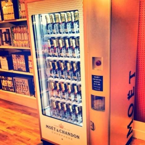 moet-vending-machine-600x600