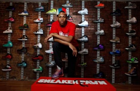 0611Sneakers01CHE.JPG