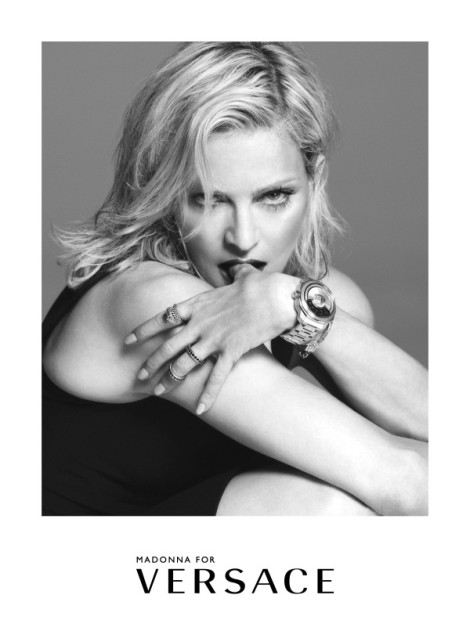 Madonna-Versace-SS-2015-600x815