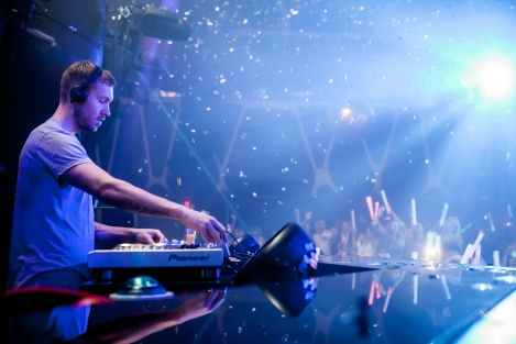 5.2.15_Calvin-Harris-at-Hakkasan-Nightclub_Photo-Credit-Powers-Imagery