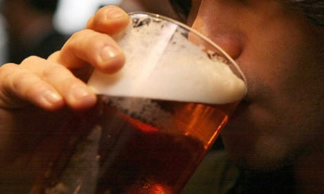 Man-drinks-alcohol-006